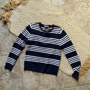 Navy stripe crew neck size s